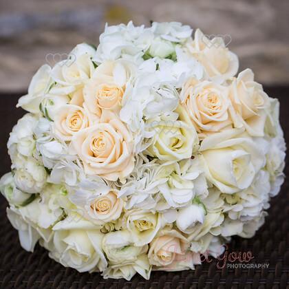 Bride-Bouquet-0002   Brides ivory & yellow rose bouquet   Keywords: wedding bride bridal bouquet roses ivory yellow